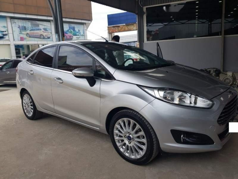 Cần bán Ford Fiesta 1.5AT Titanium bản full options