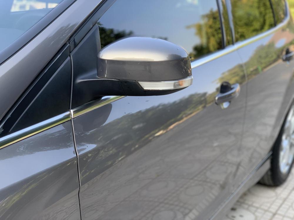 Cần bán xe Ford Focus S 2014, màu nâu