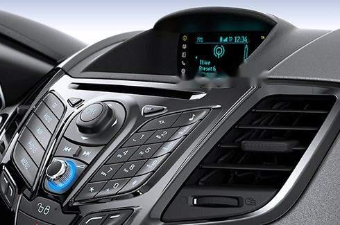 Cần bán lại xe Ford Fiesta 1.5 AT Titanium đời 2016 chính chủ