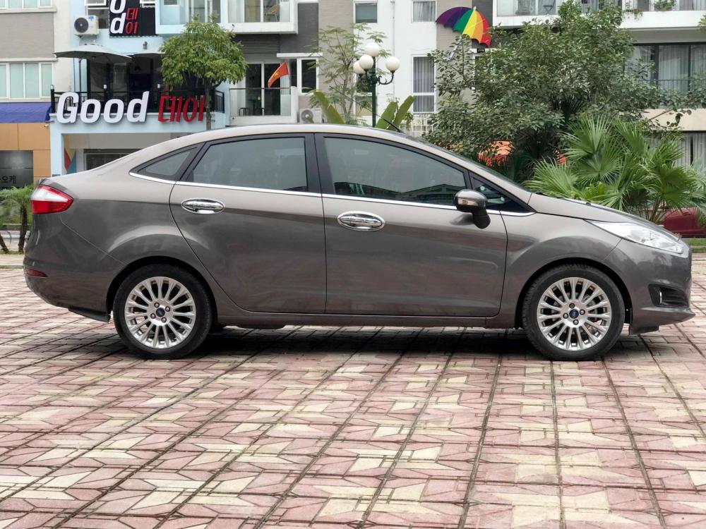 Cần bán xe Ford Fiesta 1.5 AT Titanium 2014 model 2015, biển Hà Nội