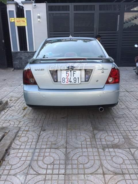 Cần bán lại xe Ford Laser 1.8AT năm 2003, màu bạc