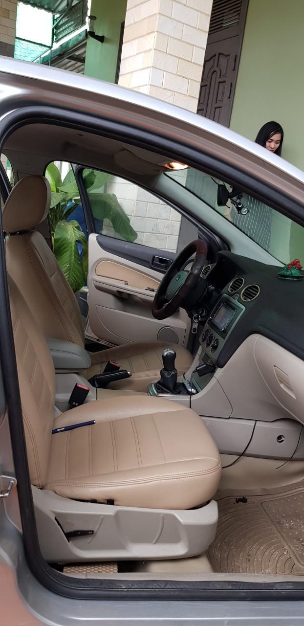 Bán xe Ford Focus 1.8MT sedan, đời 2008