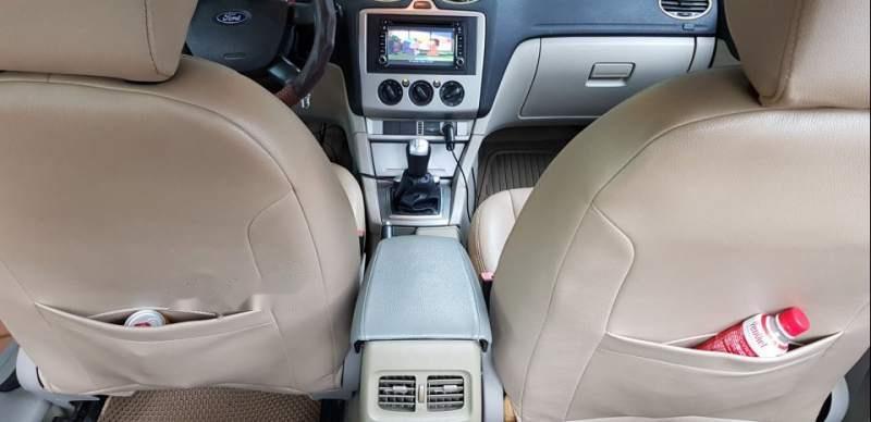 Bán Ford Focus 1.8MT sản xuất năm 2008, màu bạc số sàn, giá 230tr