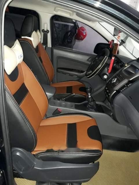 Cần bán lại xe Ford Ranger XLS 4x2 MT sản xuất năm 2015, màu đen, nhập khẩu nguyên chiếc