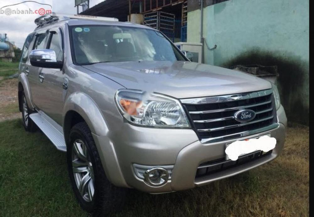 Cần bán Ford Everest Limited 2010 số tự động, giá tốt