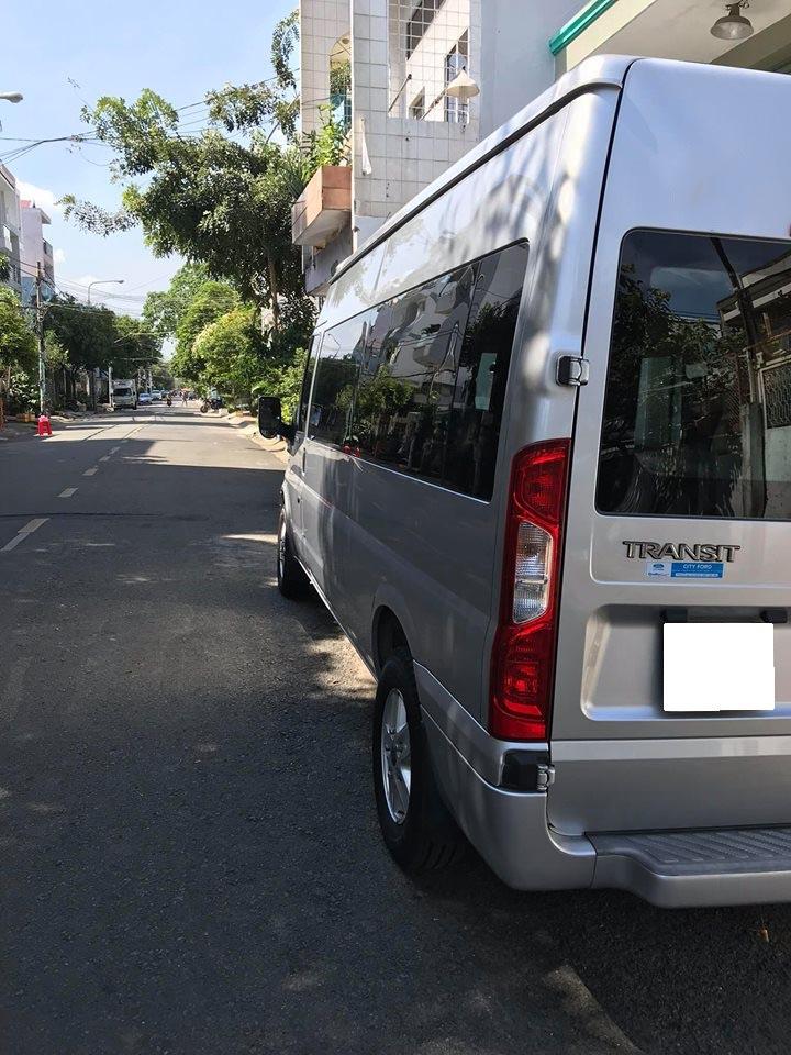 Cần bán xe Transit Luxury 2014, số sàn, máy dầu, màu bạc gia đình sử dụng