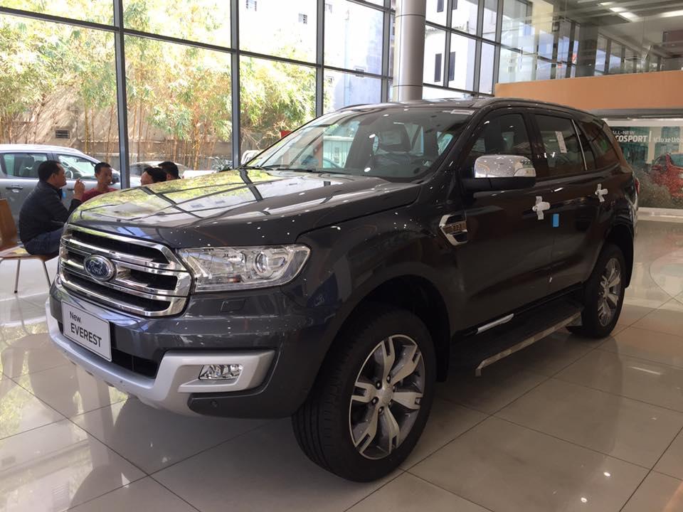 Ford Everest đời 2019, mới 100% xe nhập