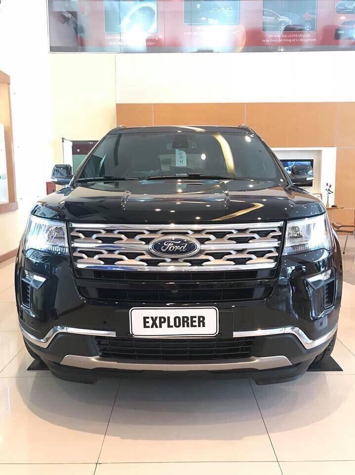 Ford Explorer đời 2019 mới 100%, nhập khẩu
