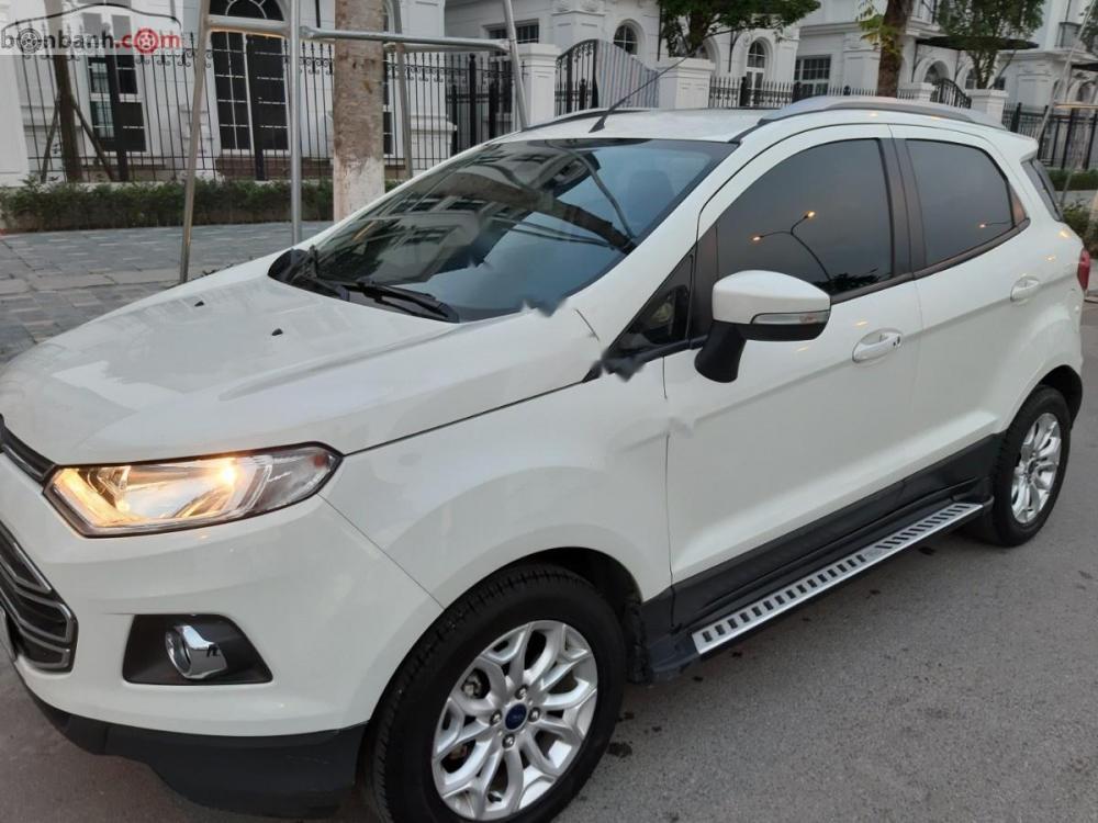 Bán xe Ford EcoSport Titanium sản xuất năm 2015, màu trắng, chính chủ