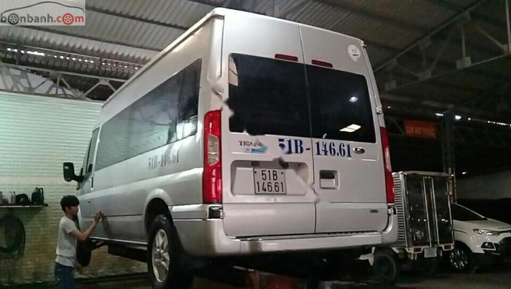 Cần bán gấp Ford Transit Luxury 2014, màu bạc