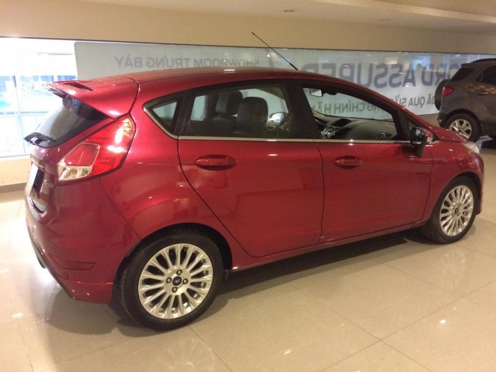 Bán Ford Fiesta Ecoboost, đi 14000 km, xe bán và bảo hành tại Ford