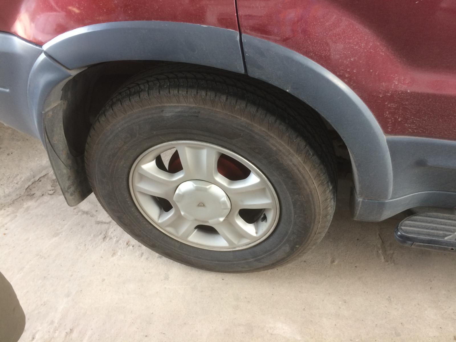 Bán xe Ford Escape XLS năm sản xuất 2001, màu đỏ, nhập khẩu nguyên chiếc, giá tốt