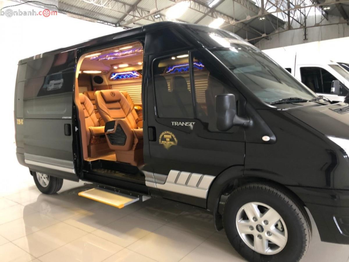 Bán Ford Transit DCar 2019, màu đen, mới 100%