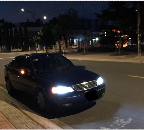 Cần bán gấp Ford Mondeo 2.5L đời 2004, màu đen, nhập khẩu, xe đẹp