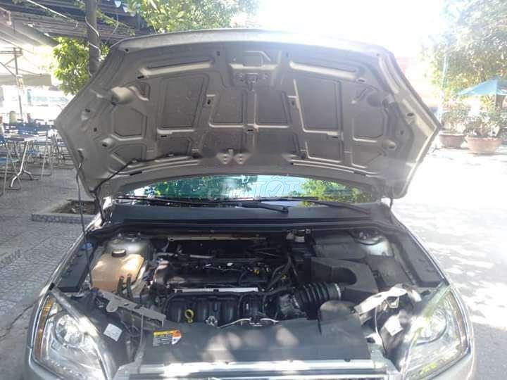 Cần bán lại xe Ford Focus 2009, màu bạc, xe cực đẹp, máy cực chất