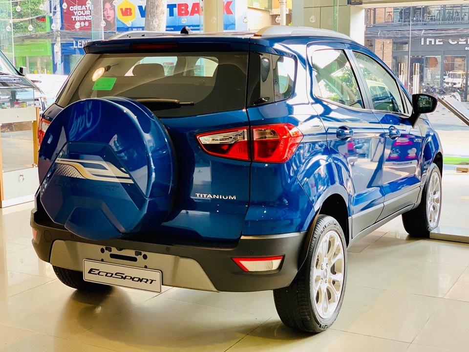 Bán xe Ecosport tặng tiền mặt, BHVC, phim, lót sàn, camera