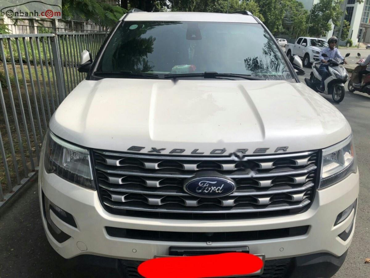 Cần bán Ford Explorer 2017, màu trắng, nhập khẩu