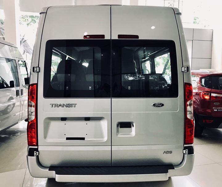 Ford Transit - 2019 giá chỉ từ 710 triệu, tặng full quà tặng, lăn bánh xe không cần bỏ thêm chi phí