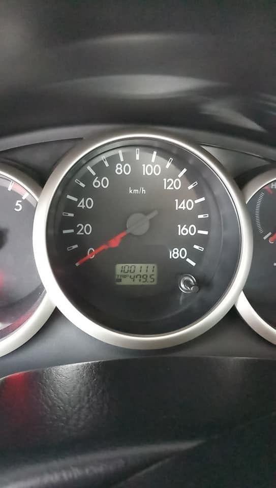 Cần bán lại xe Ford Everest đời 2011, màu đen