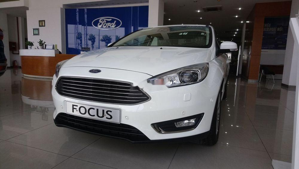 Bán ô tô Ford Focus 2019, màu trắng