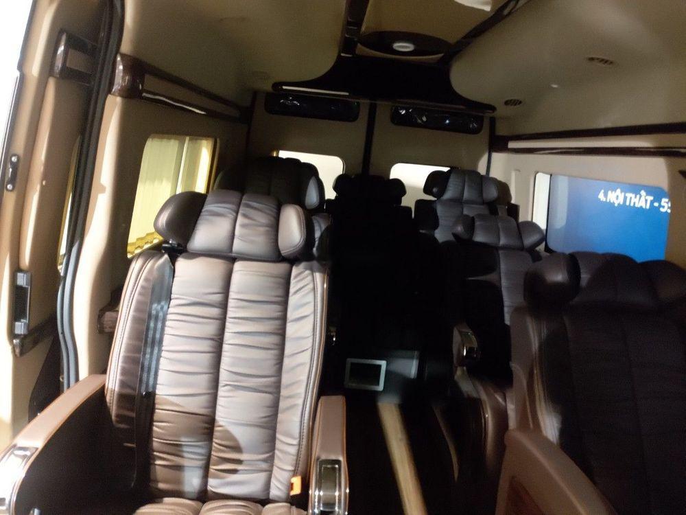 Bán Ford Transit đời 2019, màu xám, nhập khẩu