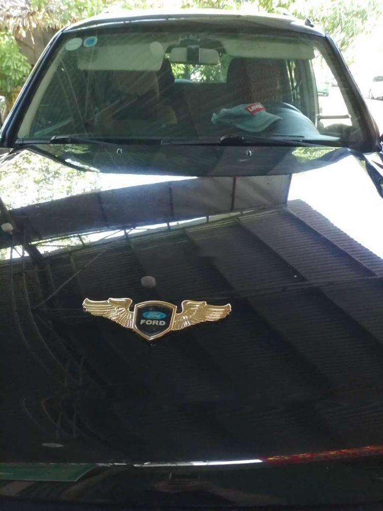 Cần bán xe Ford Everest sản xuất năm 2011, nhập khẩu nguyên chiếc giá cạnh tranh