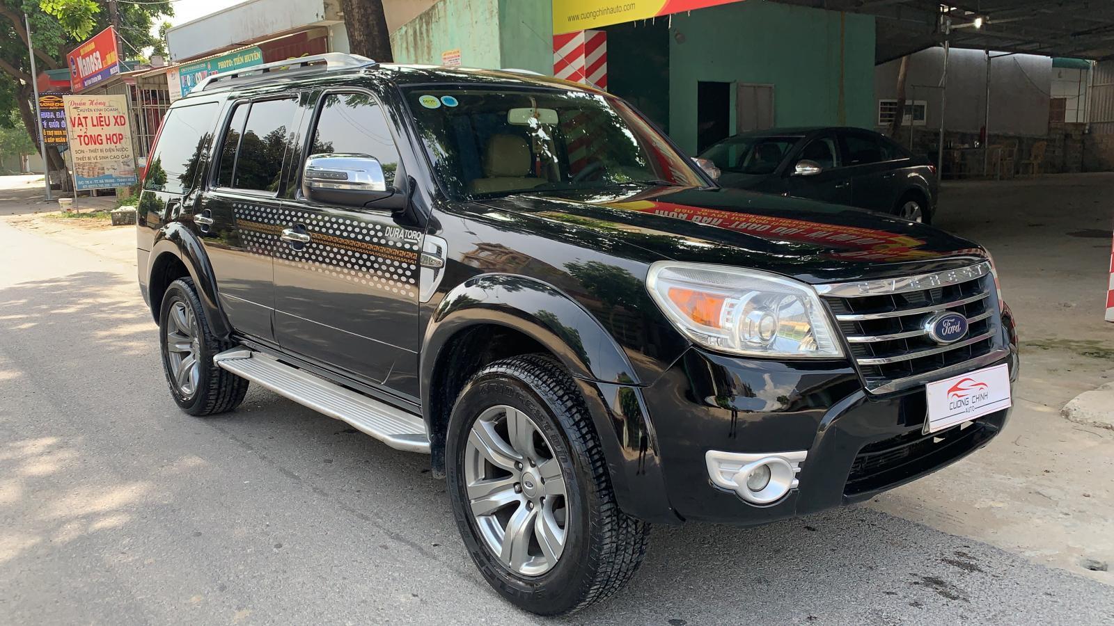Bán ô tô Ford Everest 2.5at đời 2010, màu đen, 430tr