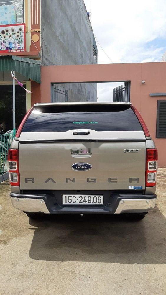 Bán Ford Ranger năm sản xuất 2017, màu vàng, nhập khẩu