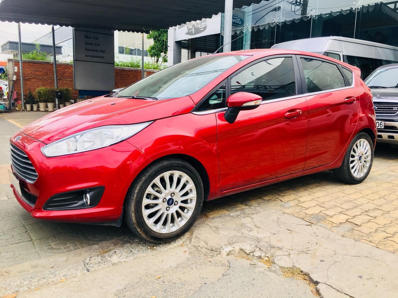 Bán Ford Fiesta Sport đời 2014, màu đỏ, hỗ trợ vay 75%