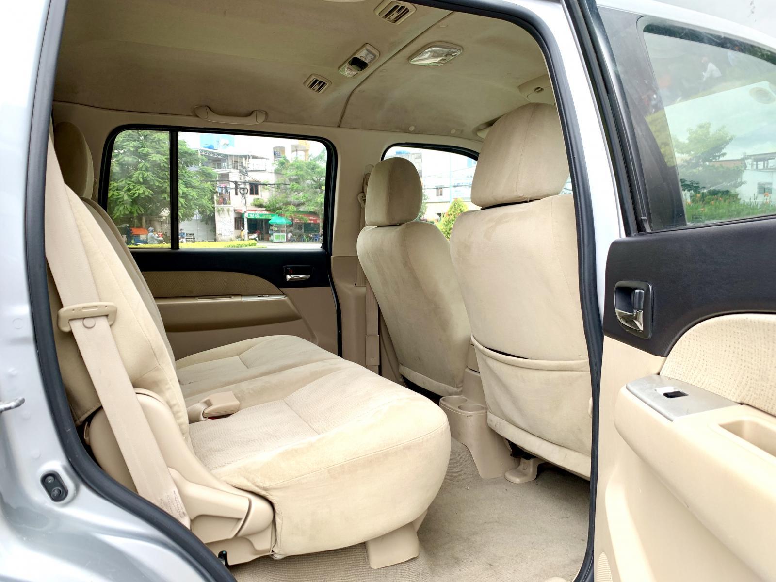 Everest Limited nhập Thái 2012 loại máy xăng, 5 chỗ hàng hiếm hai cầu số sàn 5