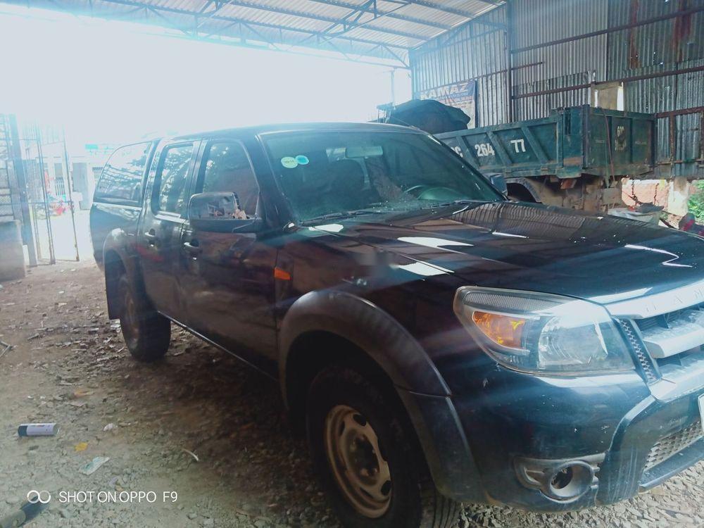 Bán lại xe Ford Ranger đời 2011, màu đen, số sàn, một cầu