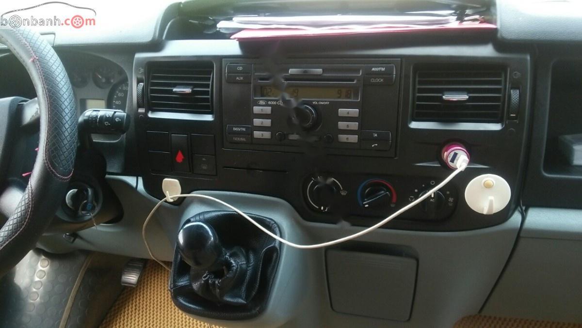 Cần bán xe Ford Transit 2.4L năm 2010