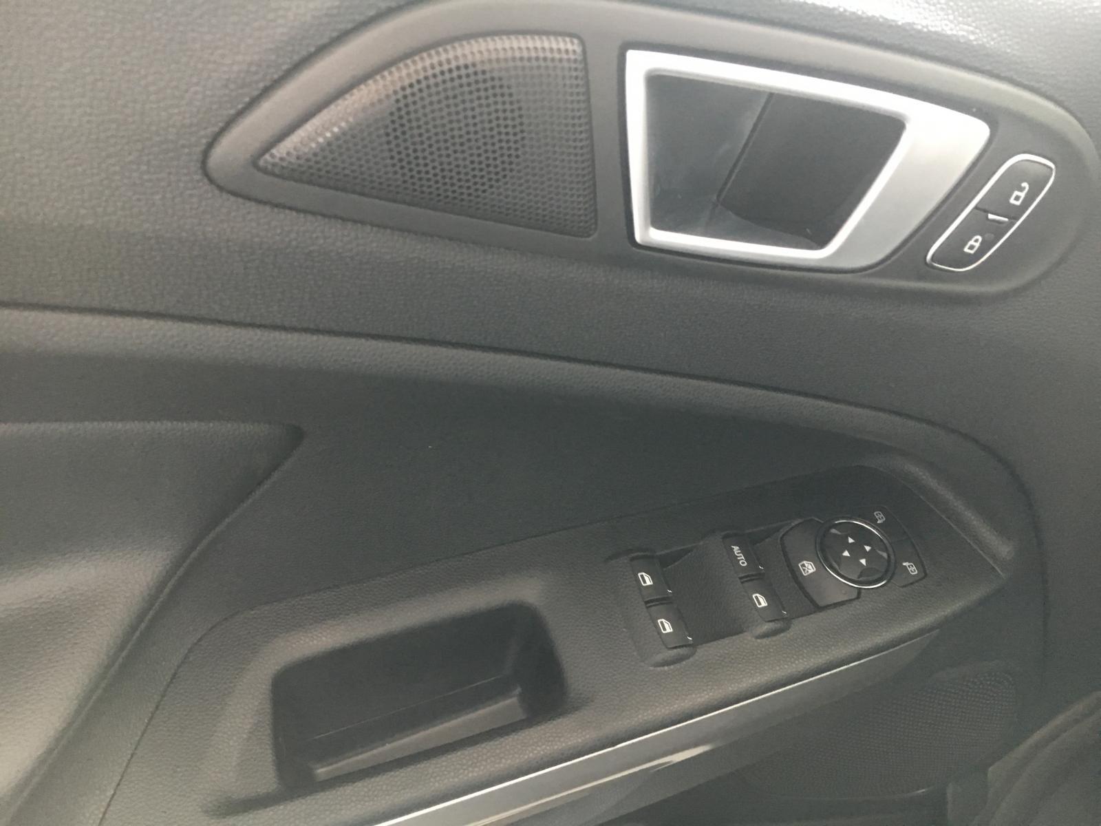 Bán Ecosport 1.5L Titanium, lô xe mới, đủ màu