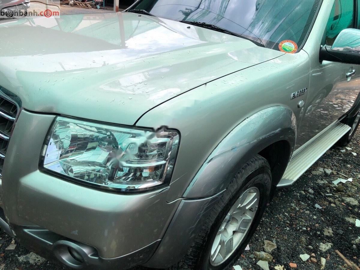 Cần bán Ford Everest đời 2008, màu hồng giá cạnh tranh