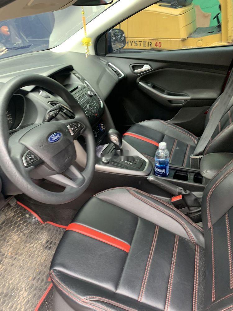 Bán Ford Focus 1.5AT năm 2017, màu đỏ xe gia đình, giá 526tr