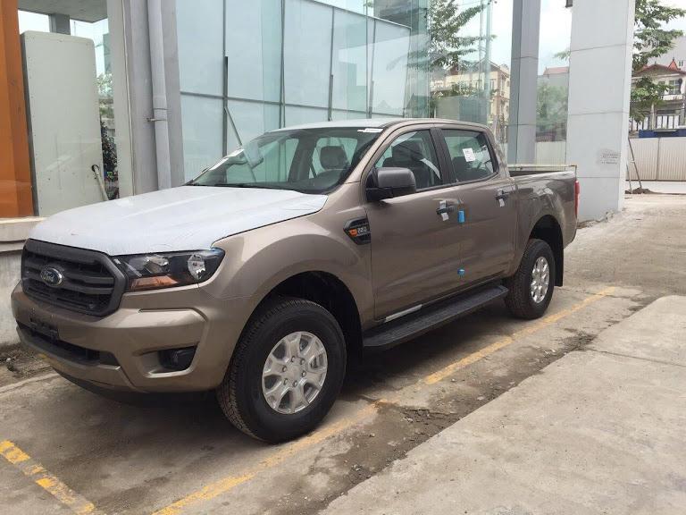 Ford Ranger XLS 1 cầu số tự động, nhập khẩu nguyên chiếc giá cực tốt tại Tuyên Quang. LH: 0941921742