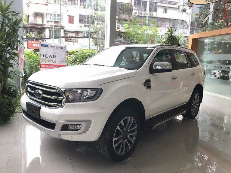 Đại lý xe Ford tại Tuyên Quang bán Ford Everest giá từ 920 triệu đủ phụ kiện. LH 0941921742 để được tư vấn