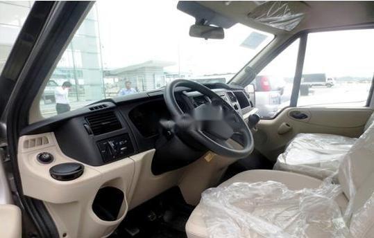 Bán xe Ford Transit sản xuất 2019, màu bạc