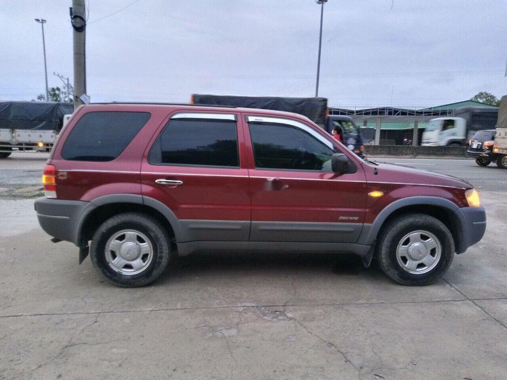 Bán Ford Escape đời 2004, màu đỏ, nhập khẩu, số sàn