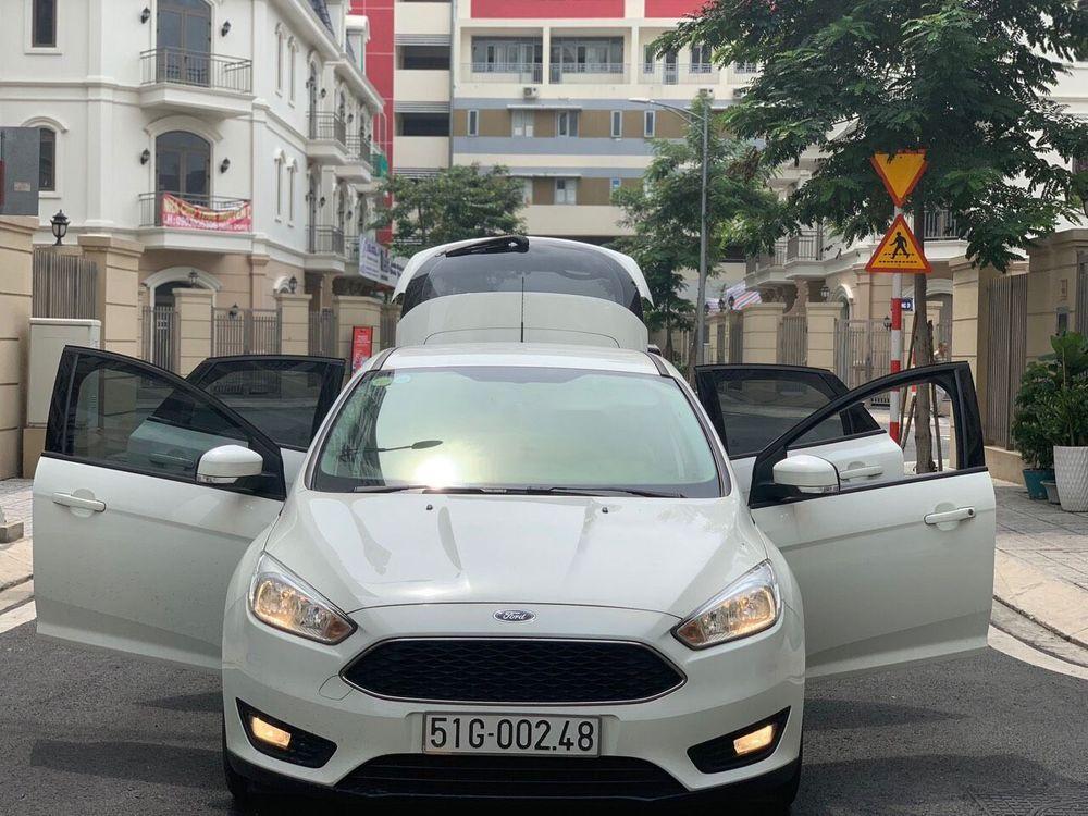Bán ô tô Ford Focus đời 2017, màu trắng