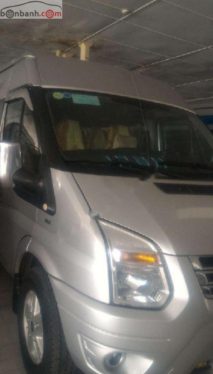 Bán xe Ford Transit Luxury 2014, màu bạc