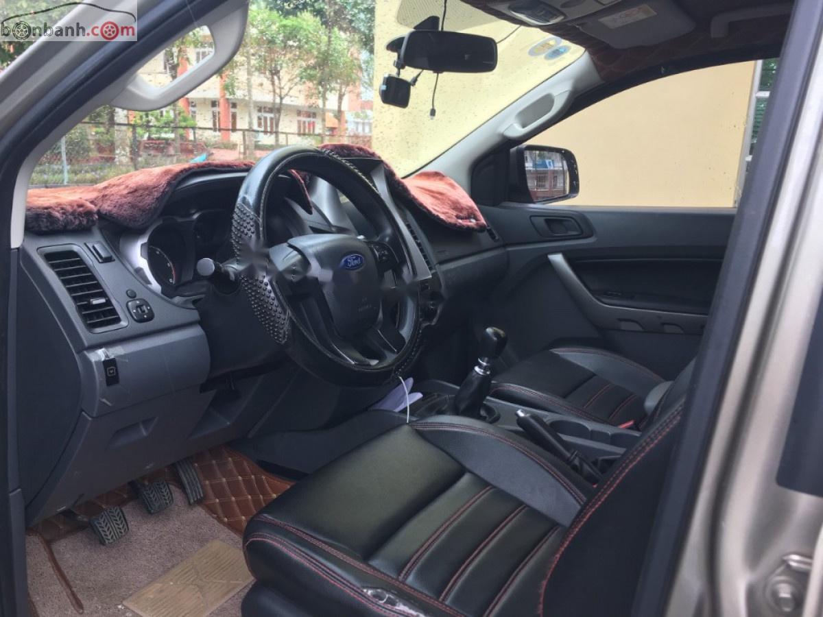 Cần bán Ford Ranger XLS năm sản xuất 2017, xe nhập