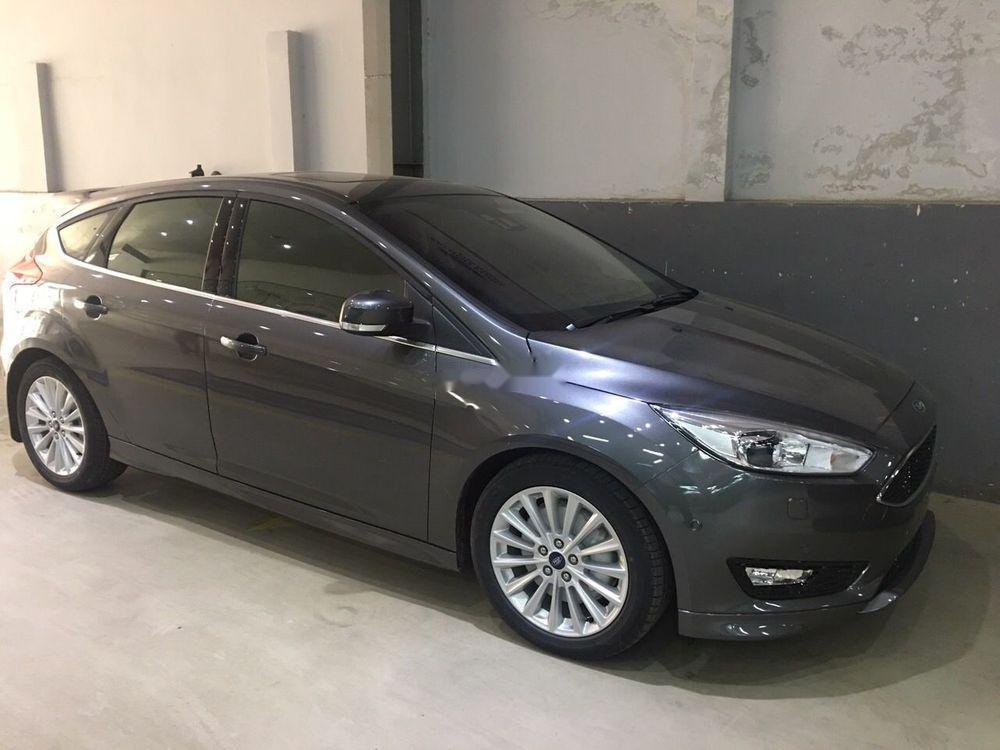 Bán xe Ford Focus Sport năm 2019, màu xám, giá 770tr