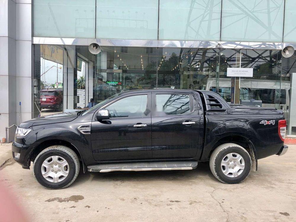 Cần bán Ford Ranger đời 2016, màu đen, xe nhập