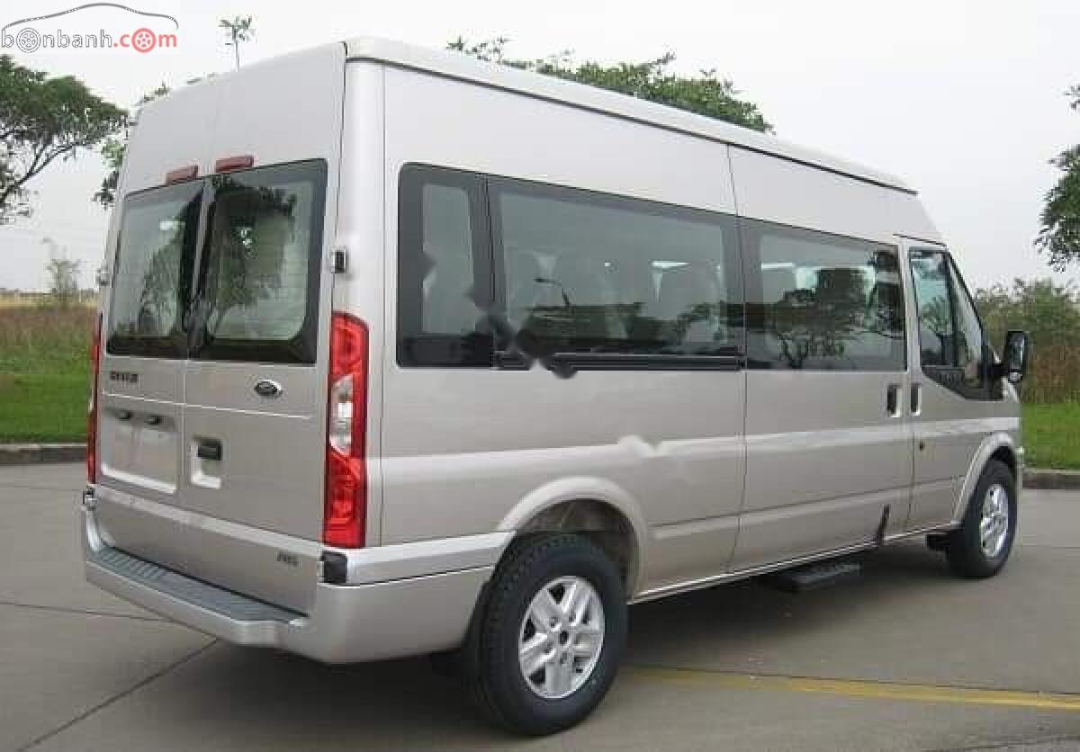 Bán ô tô Ford Transit SVP đời 2019, màu bạc