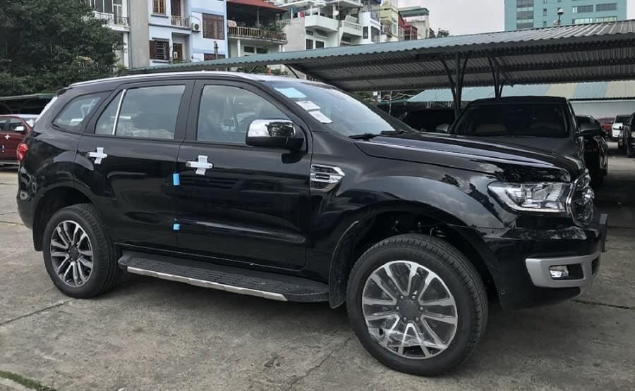 Bán Ford Everest Ambient đời 2019, xe nhập