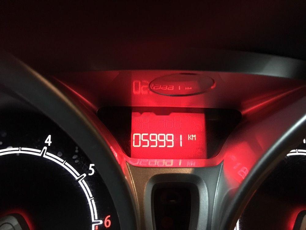 Bán Ford Fiesta đời 2011 xe gia đình, giá tốt