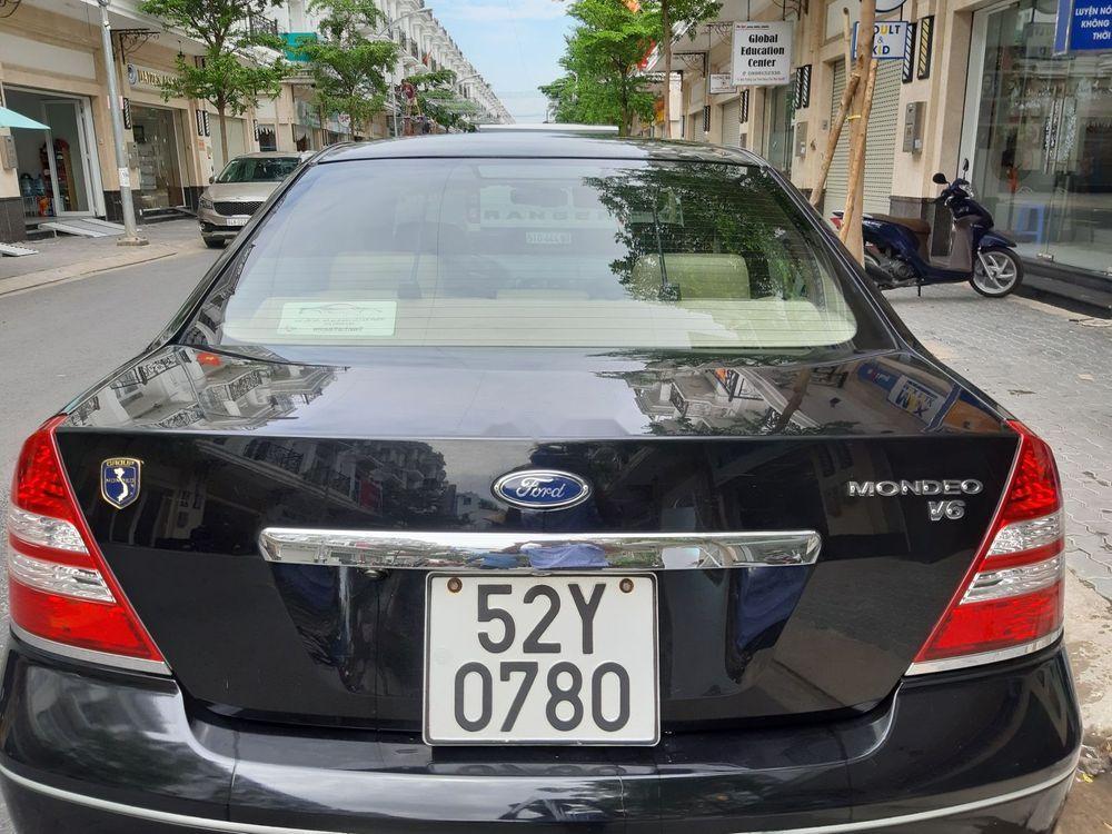 Bán Ford Mondeo 2.0AT 2005, màu đen