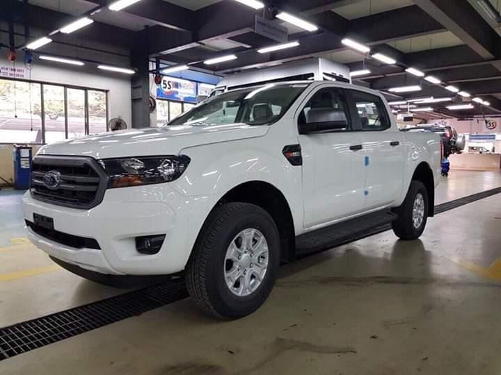 Ford Ranger Wildtrak 2.0L 4X4 2019 nhập khẩu màu trắng giá tốt, hỗ trợ ngân hàng lãi suất tốt, gọi ngay 0978 018 806