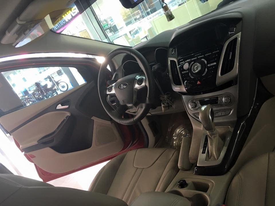 Cần bán Ford Focus năm 2015, màu đỏ, nhập khẩu